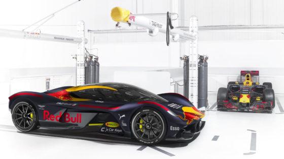 Ο χρωματισμός των μονοθεσίων της F1 του 2017 σε αυτοκίνητα παραγωγής (pics)