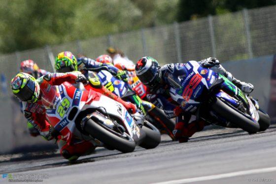 Ο Verstappen θέλει μάχες στην F1 όπως στο Moto GP