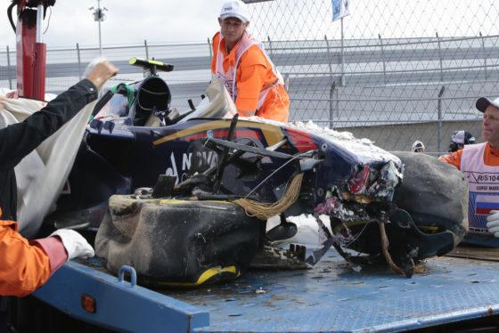 GP Ρωσίας: Το τρομακτικό ατύχημα του Sainz το 2015 (vid)