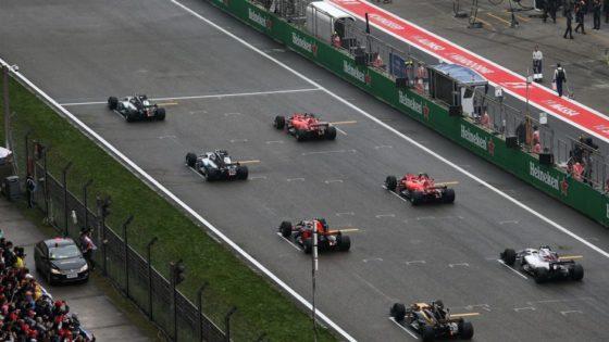 O Horner θέλει να ξεκαθαρίσει το τοπίο σχετικά με τη θέση του Vettel στην εκκίνηση