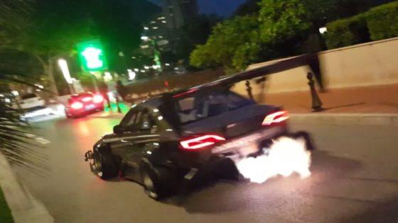 Μόνο η αστυνομία μπορεί να σταματήσει αυτή τη Silvia να «ουρλιάζει» (vid)