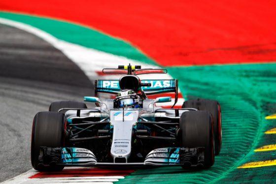 GP Μ. Βρετανίας FP1: Άπιαστη η Mercedes – Θετική η McLaren