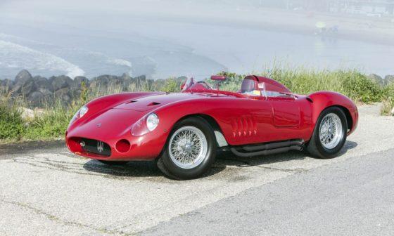"H Maserati 300S του Fangio βγαίνει ""στο σφυρί"""