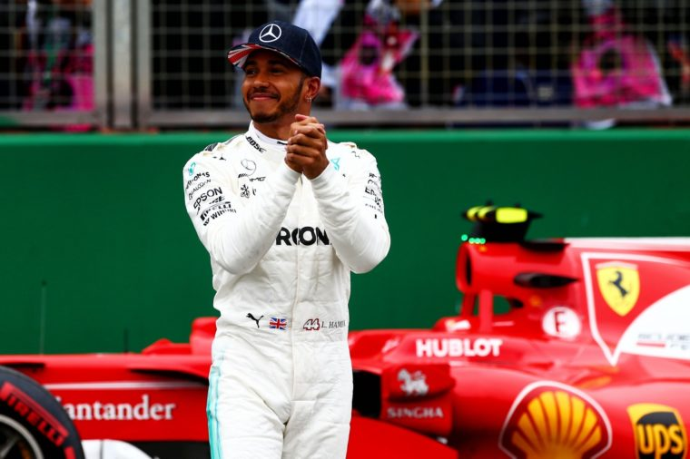 Marchionne: «Προνόμιο να τελειώσει την καριέρα του στη Ferrari o Hamilton»
