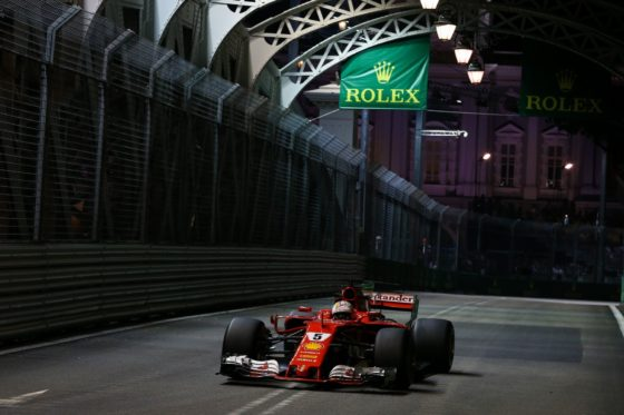 GP Σιγκαπούρης QP: Έσπασε ρεκόρ και χρονόμετρα ο Vettel