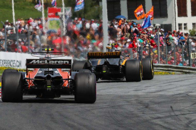 Δεν θα θέσει βέτο η Red Bull στη συνεργασία McLaren-Renault