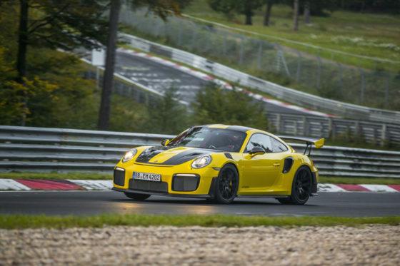 To ρεκόρ της Porsche 911 GT2 RS στο Ring (vid)