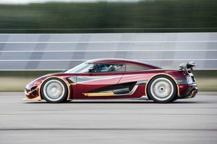 H Koenigsegg έσπασε ξανά ρεκόρ τελικής ταχύτητας (vid)
