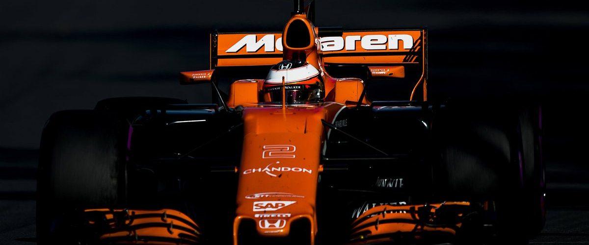 Vandoorne: «Μεγάλη η πίεση προς τη McLaren το 2018»