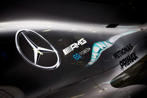Listen to the new Mercedes W09 for the first time (vid)