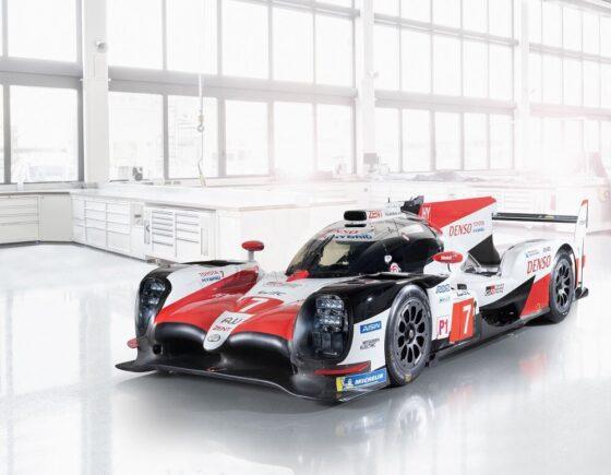 H Toyota αποκάλυψε τα νέα χρώματα του TS050 Hybrid