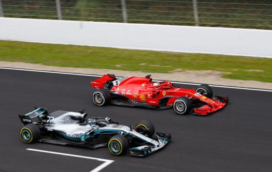 O Vettel θεωρεί την Mercedes φαβορί για το πρωτάθλημα