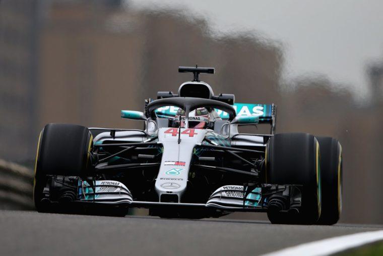 GP Κίνας FP2: Παρέμεινε στη κορυφή ο Hamilton – Στην αντεπίθεση η Ferrari