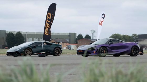 Video: McLaren 720S vs Lamborghini  Huracan Performante