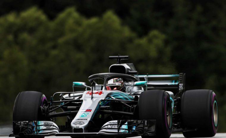 GP M Bρετανίας FP1: Ταχύτερος ο Hamilton, ξανά προβλήματα για την Red Bull
