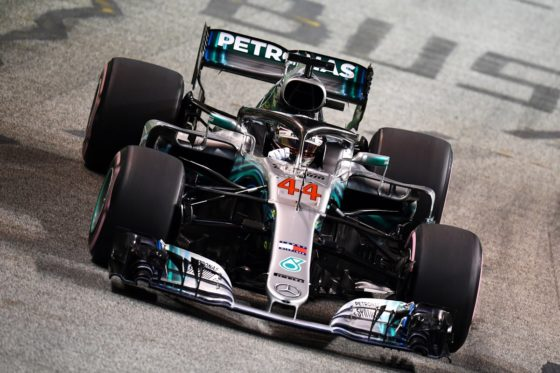 GP Σιγκαπούρης Race: Κατέκτησε και τη Marina Bay o Hamilton