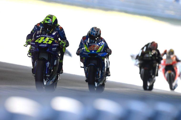 Ταχύτερη η Suzuki από τη Yamaha σύμφωνα με τον Rossi