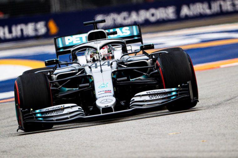 GP Σιγκαπούρης FP2: Ο Hamilton επανέφερε τη κανονικότητα