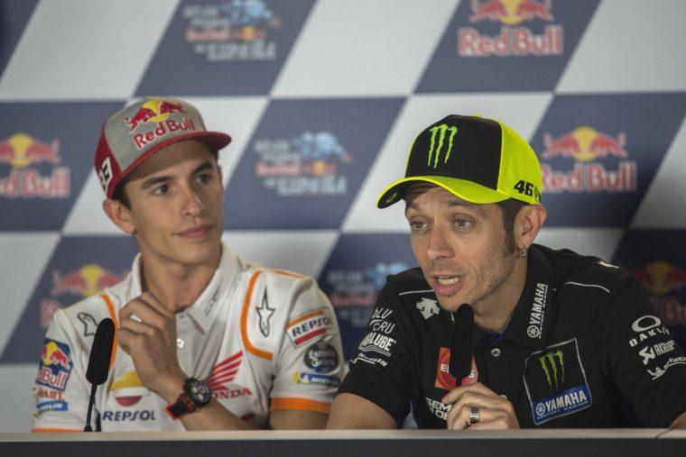 Rossi βλέπει τον εαυτό του στο πρόσωπο του Marquez και προειδοποιεί τη Yamaha για τον Quartararo