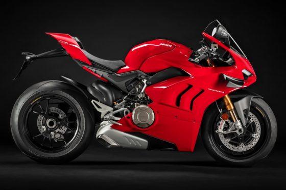 H Ducati παρουσίασε τη νέα Panigale V4