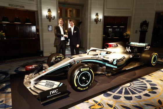 H Mercedes αποκάλυψε τα χρώματα του μονοθεσίου για το 2020