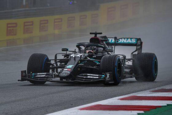 GP Αυστρίας ΙΙ QP: Έσπασε τα χρονόμετρα στη βροχή ο Hamilton